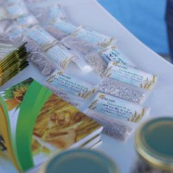 на фото продукція компанії Агрохімоіл купити оптом мінеральні добрива в Україні